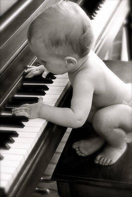 Bébé au Piano