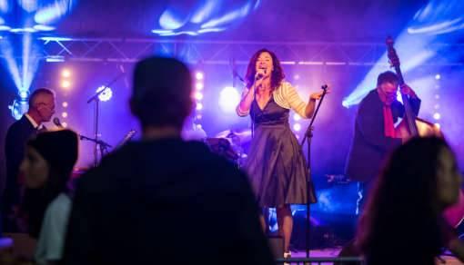 swingy bang band en concert pour la coupe icare 2021 St-Hilaire, photo Bruno Lavit